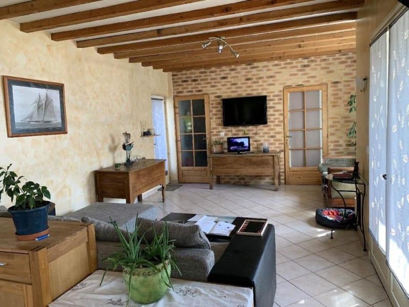 Sale house / villa Bornel 411000€ - Picture 2