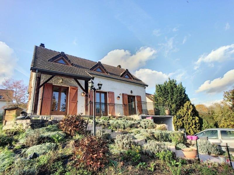 Sale house / villa Morienval 295000€ - Picture 1