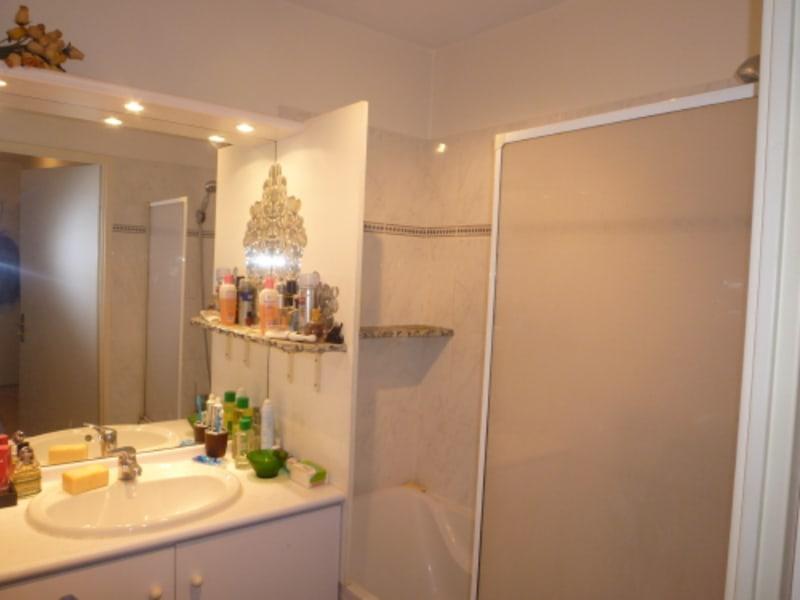 Rental apartment Gardanne 900€ CC - Picture 6