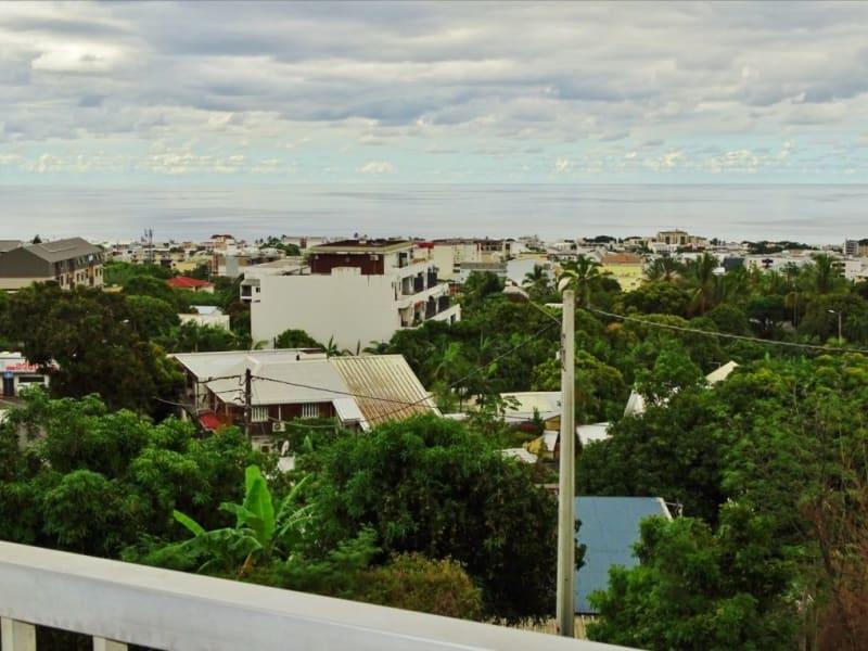 Sale apartment Sainte clotilde 160500€ - Picture 1
