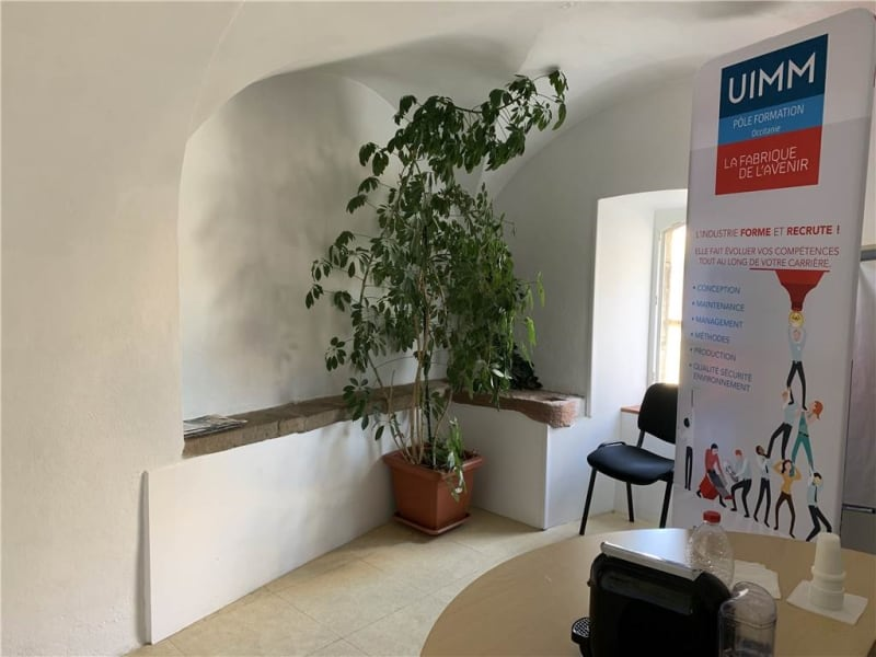 Location local commercial Onet-le-chateau 737€ HC - Photo 2