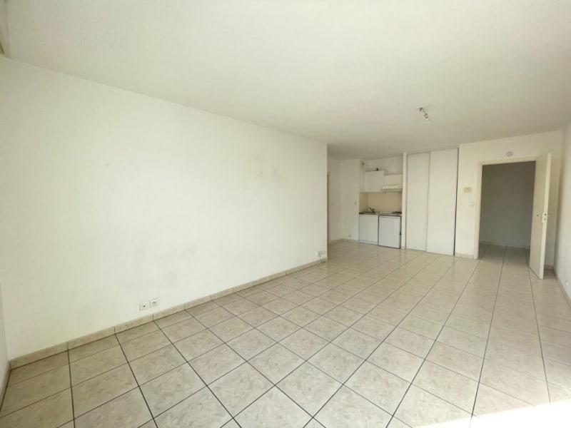 Location appartement Rodez 413€ CC - Photo 2