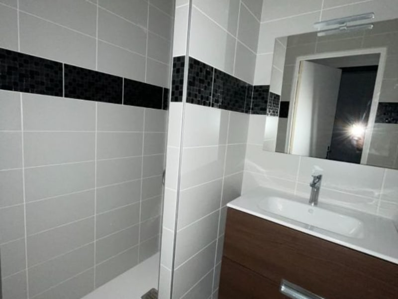 Location appartement Rodez 385€ CC - Photo 3