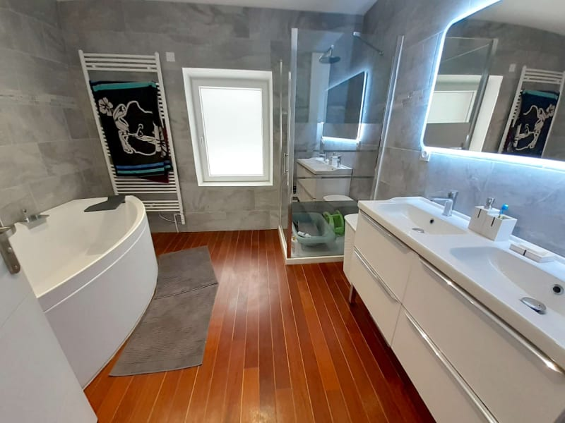 Sale house / villa Savigny en revermont 235000€ - Picture 4