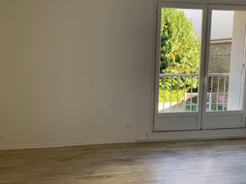 Rental apartment Pau 335€ CC - Picture 2