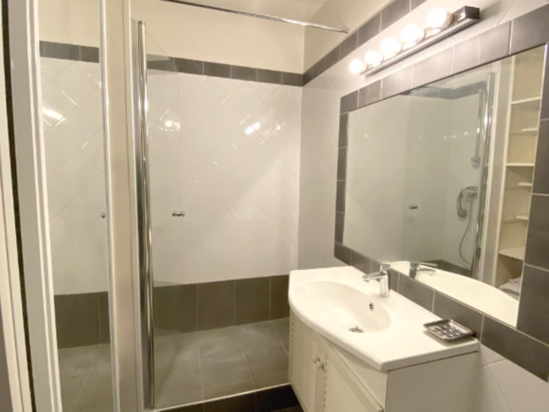 Location appartement Levallois perret 1490€ CC - Photo 6