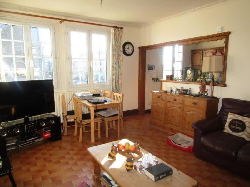 Sale house / villa Callac de bretagne 98440€ - Picture 2