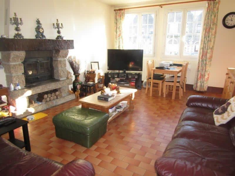 Sale house / villa Callac de bretagne 98440€ - Picture 3