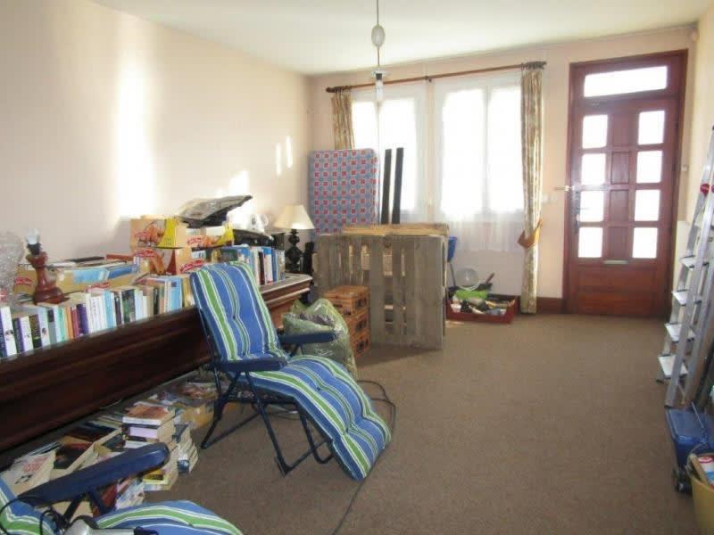 Sale house / villa Callac de bretagne 98440€ - Picture 8