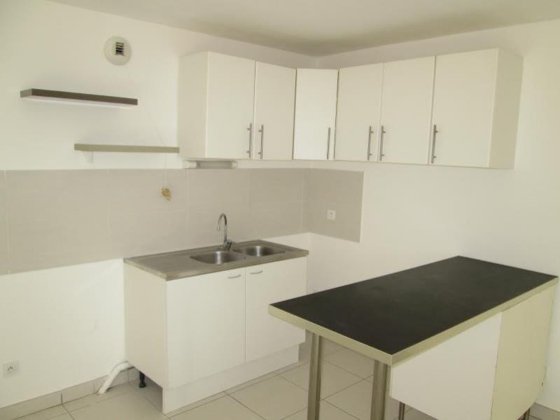 Location appartement Sete 936€ CC - Photo 3