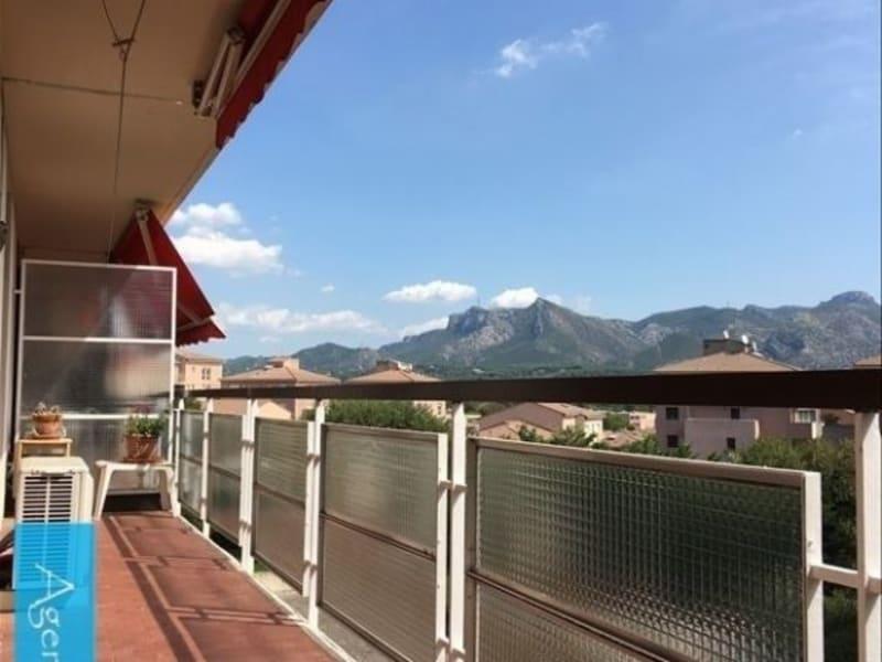 Location appartement Aubagne 855€ CC - Photo 1