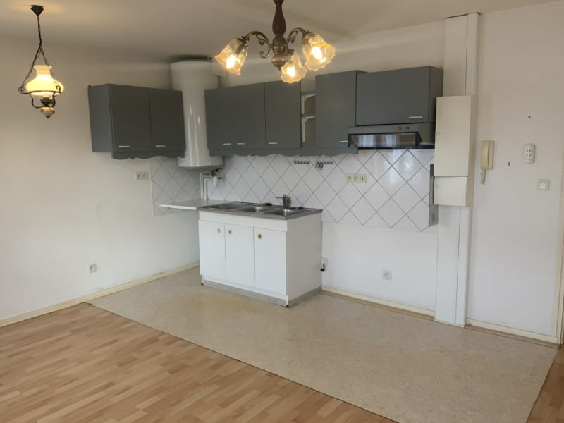 Rental apartment Le chambon sur lignon 390€ CC - Picture 3