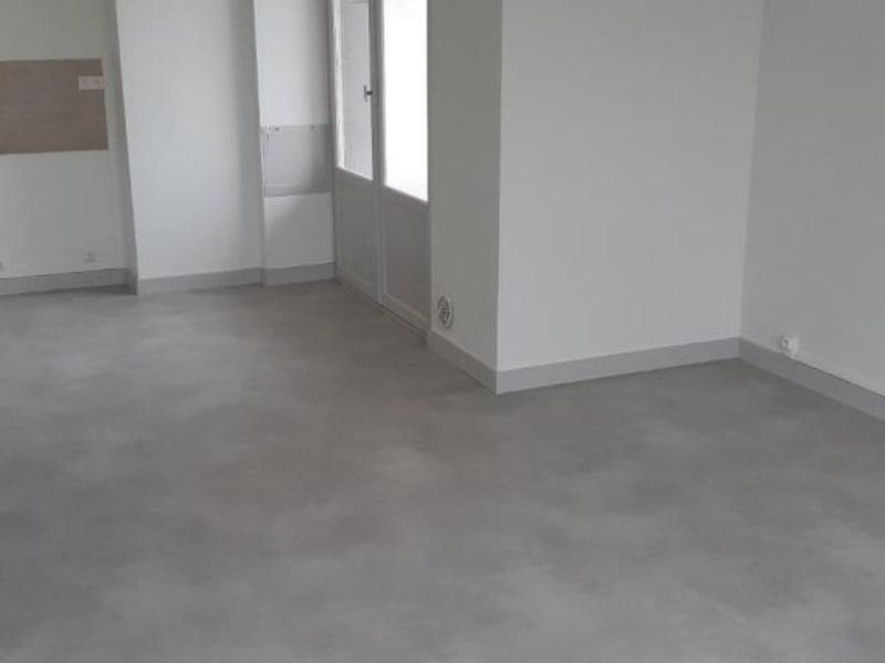 Location appartement Villefranche sur saone 590€ CC - Photo 3