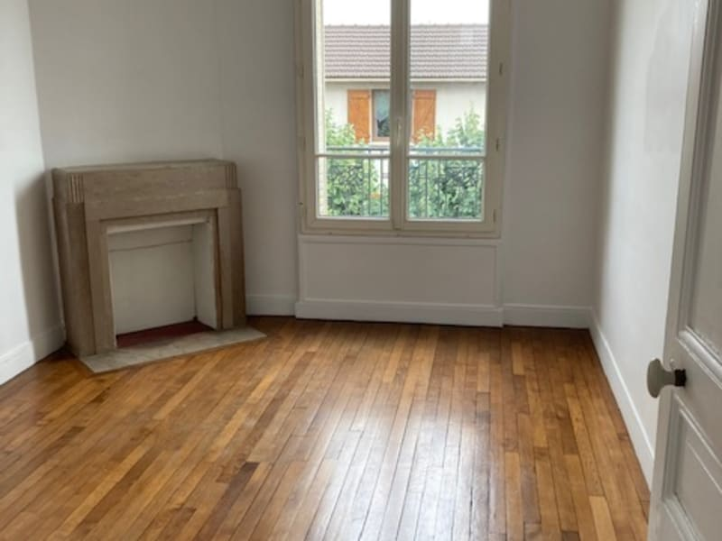 Location appartement Colombes 1 100€ CC - Photo 1