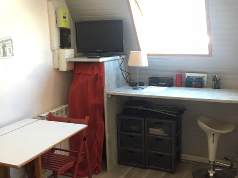 Rental apartment Paris 8ème 700€ CC - Picture 2