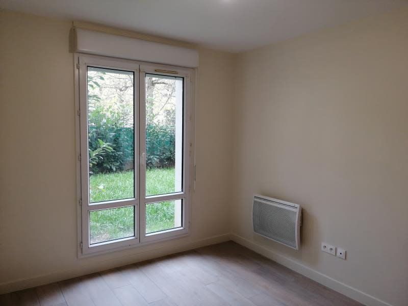 Rental apartment Fontenay le fleury 890€ CC - Picture 5