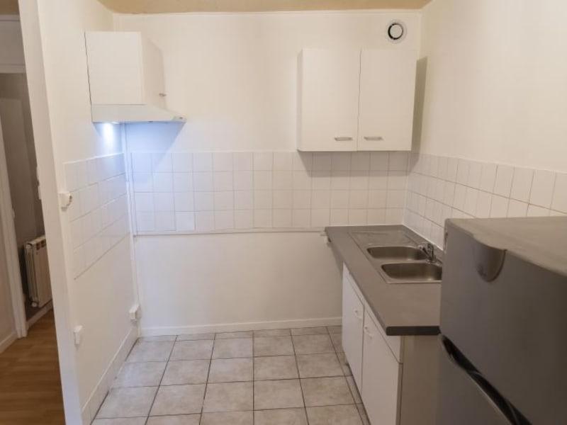 Rental apartment Nantua 335€ CC - Picture 4