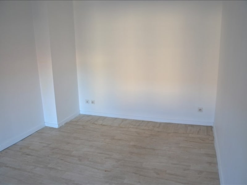 Location appartement Oyonnax 335€ CC - Photo 7