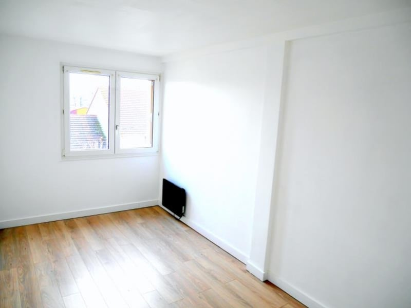 Rental apartment Le raincy 903€ CC - Picture 8