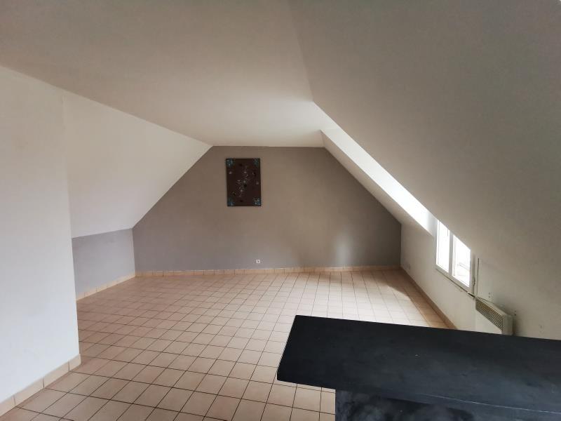 Location appartement Villeneuve le comte 550€ CC - Photo 2