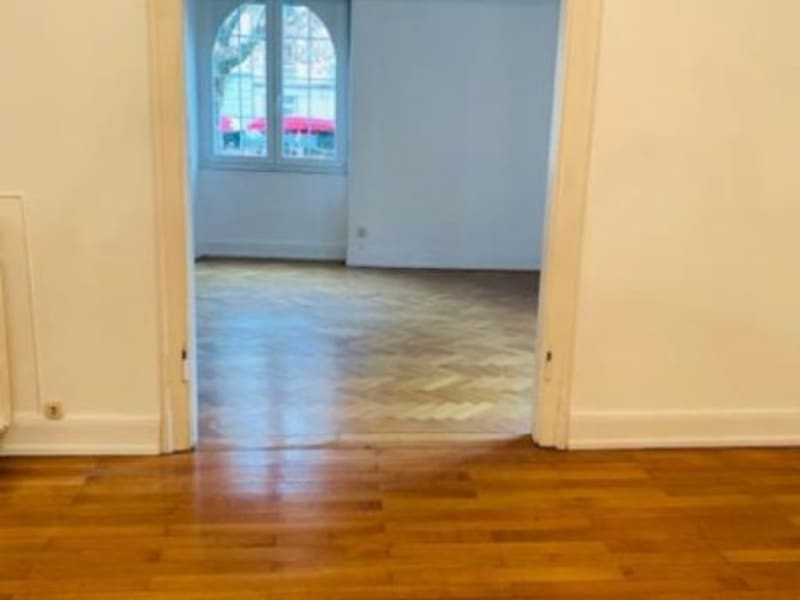 Location appartement Strasbourg 1 215€ CC - Photo 10