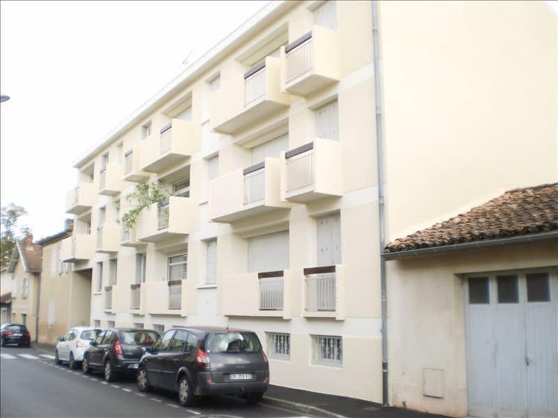 Rental apartment Auch 465€ CC - Picture 1