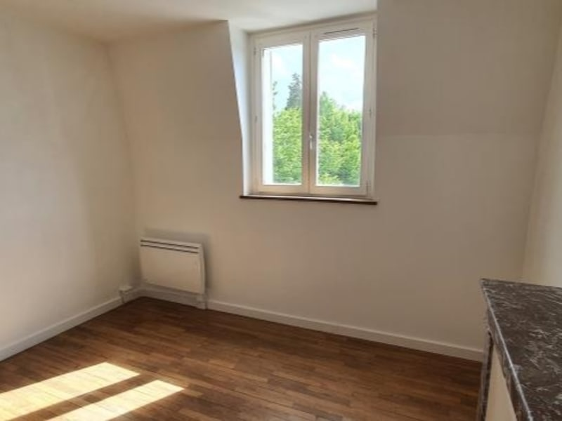 Location appartement Savigny sur orge 895€ CC - Photo 2
