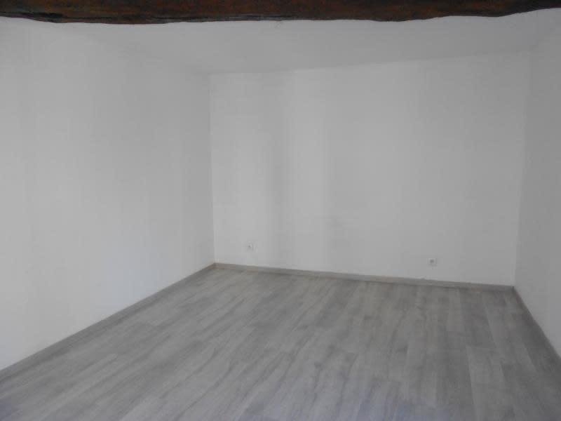 Rental apartment Provins 480€ CC - Picture 3