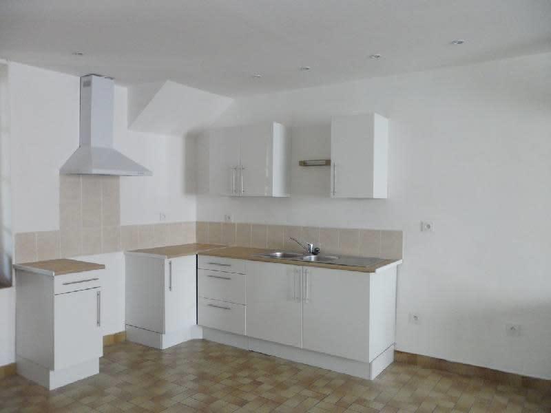 Rental house / villa Nogent sur seine 560€ CC - Picture 1