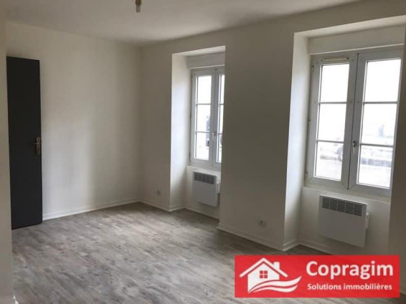 Rental apartment Montereau fault yonne 400€ CC - Picture 1