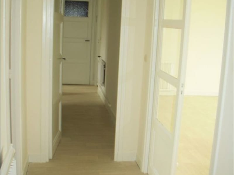 Rental apartment Montereau fault yonne 770€ CC - Picture 5