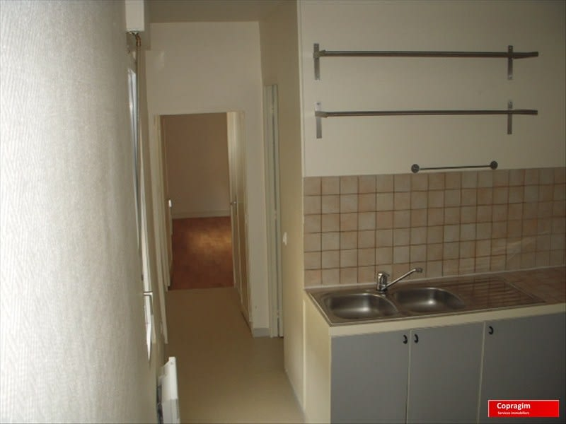 Rental apartment Montereau fault yonne 520€ CC - Picture 2