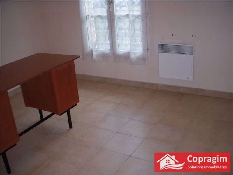 Rental empty room/storage Montereau fault yonne 1 080€ HC - Picture 1