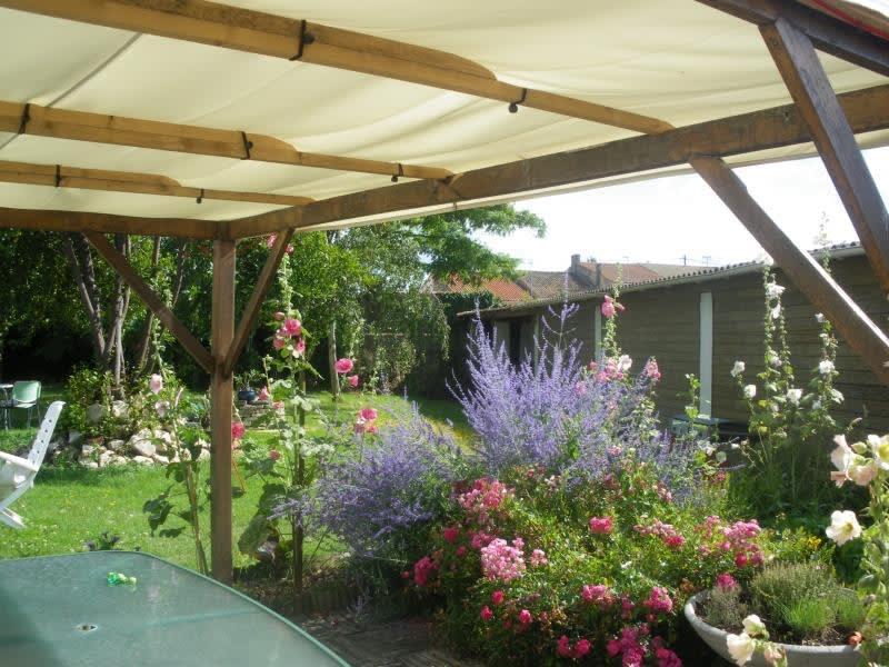 Vente maison / villa Rochefort 561600€ - Photo 2