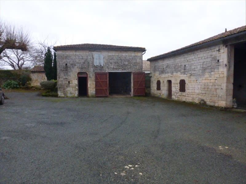Vente de prestige maison / villa Berneuil 399000€ - Photo 3