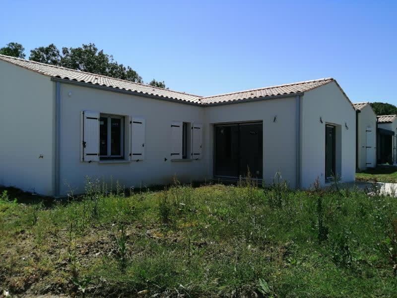 Sale house / villa Breuil magne 244650€ - Picture 1
