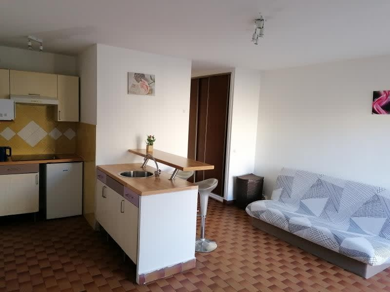 Location appartement Marseille 3ème 470€ CC - Photo 1