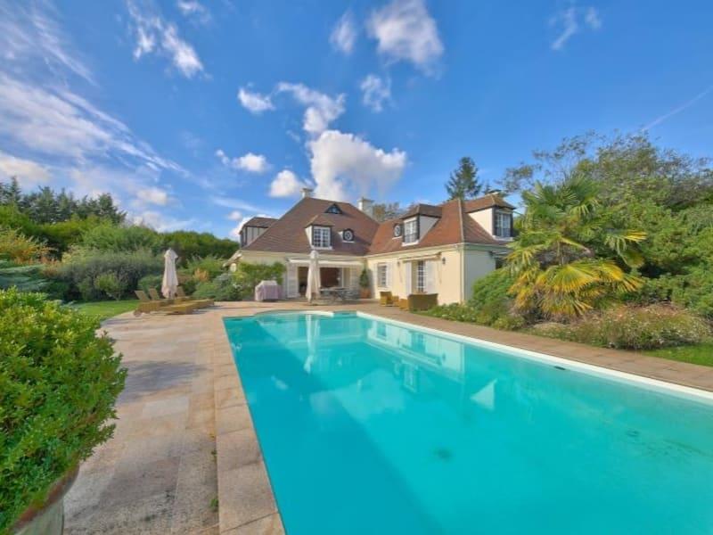 Sale house / villa St nom la breteche 1695000€ - Picture 1