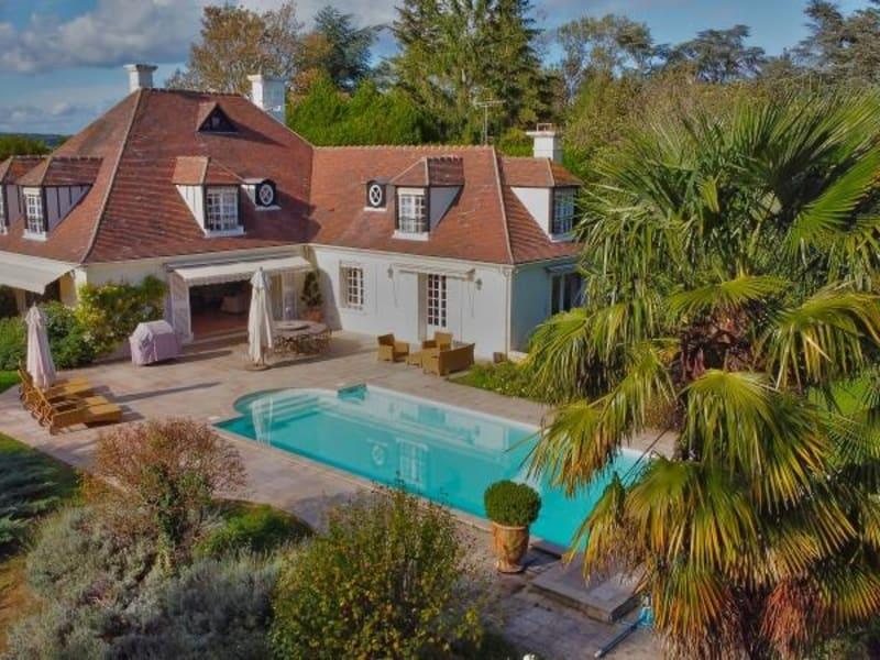 Sale house / villa St nom la breteche 1695000€ - Picture 2
