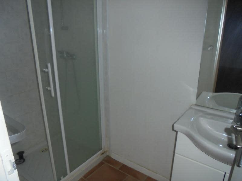 Rental apartment Marsillargues 615€ CC - Picture 4