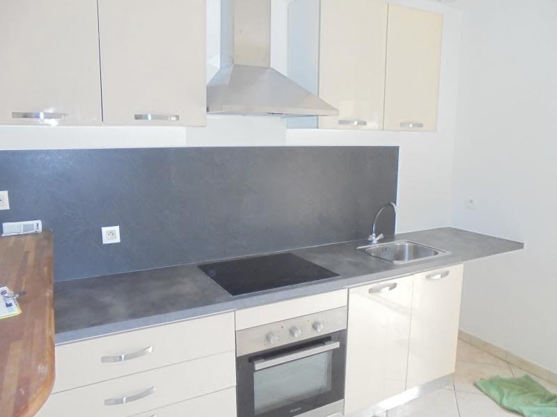 Sale house / villa Lunel 233000€ - Picture 3