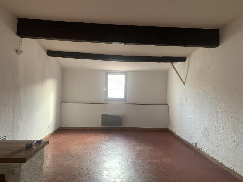 Rental apartment Marseille 1er 440€ CC - Picture 1
