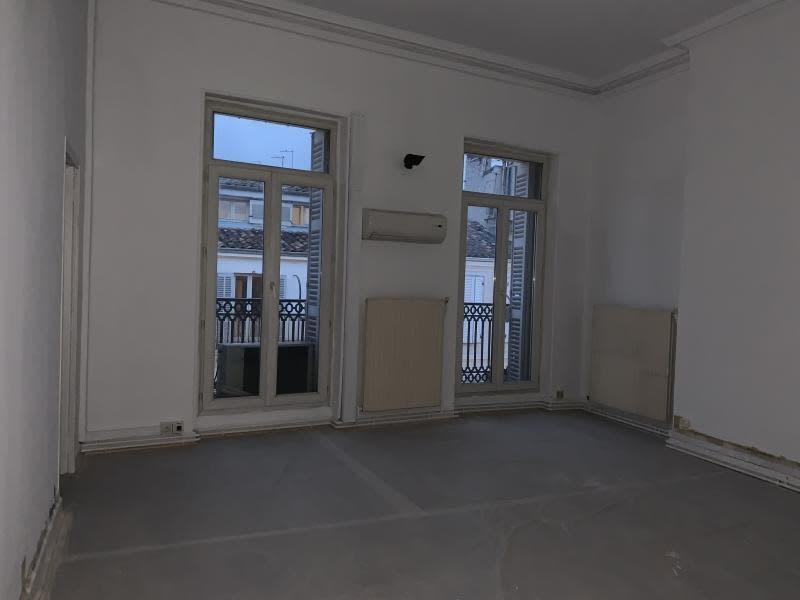 Rental office Marseille 6ème 3000€ HC - Picture 3
