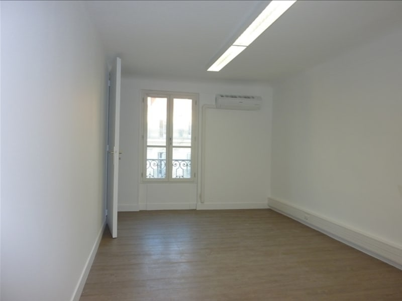 Rental office Marseille 2ème 1 066,67€ HC - Picture 3