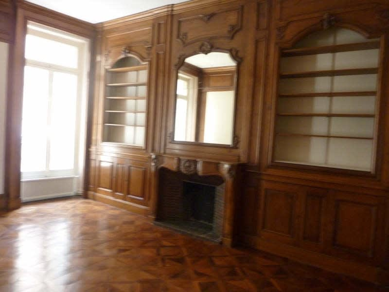 Rental empty room/storage Marseille 6ème 1266,67€ HC - Picture 2