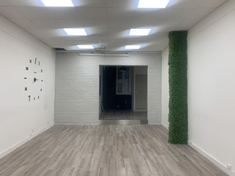 Rental empty room/storage Marseille 1er 550€ HC - Picture 3