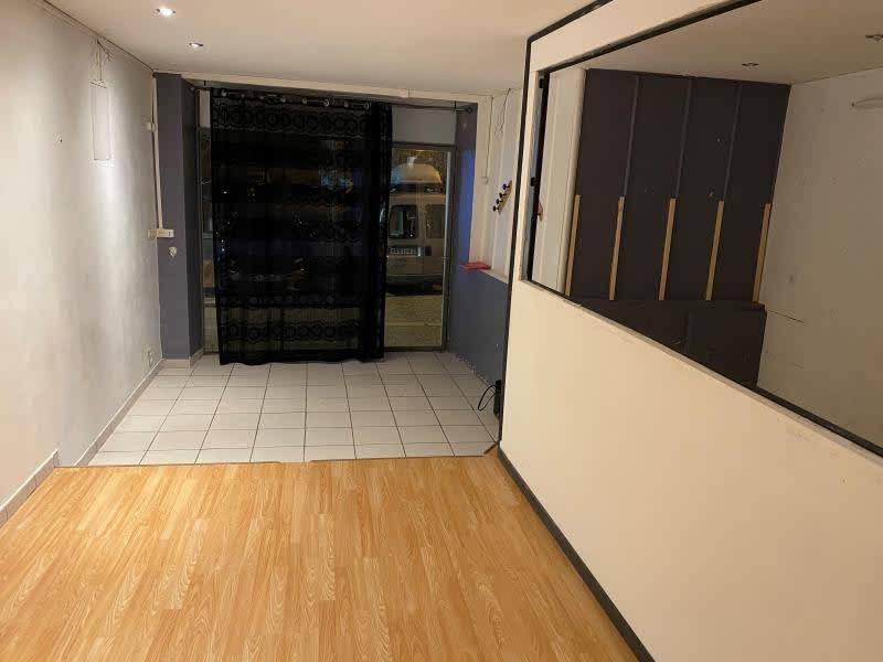 Rental empty room/storage Tournon sur rhone 350€ HC - Picture 1