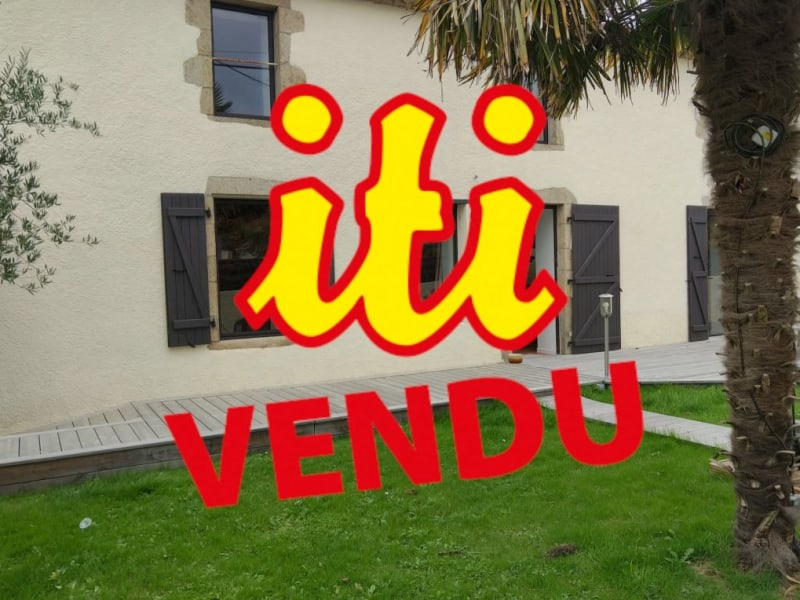 Sale house / villa Ste flaive des loups 315000€ - Picture 1