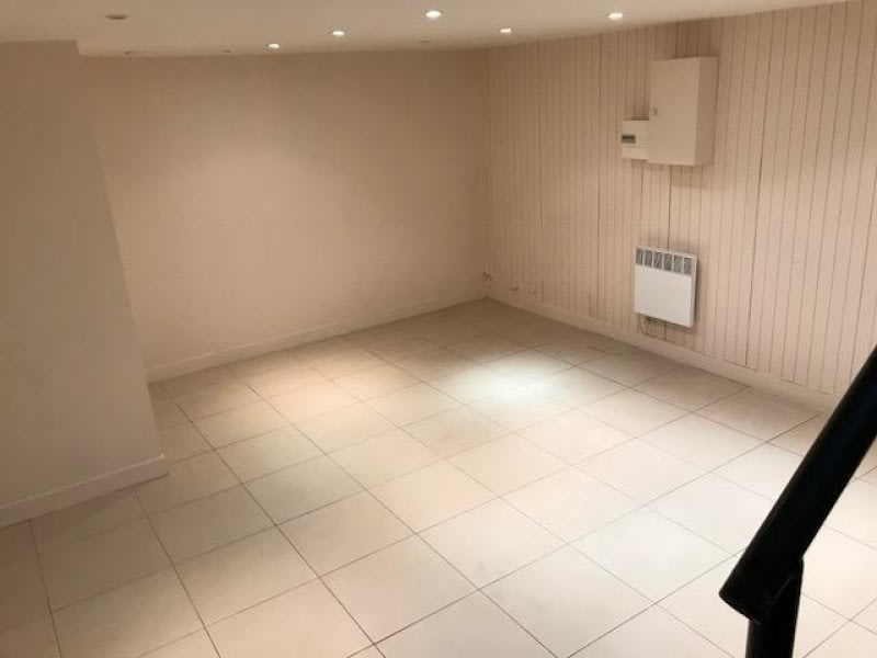 Location local commercial Paris 15ème 2 500€ HC - Photo 5
