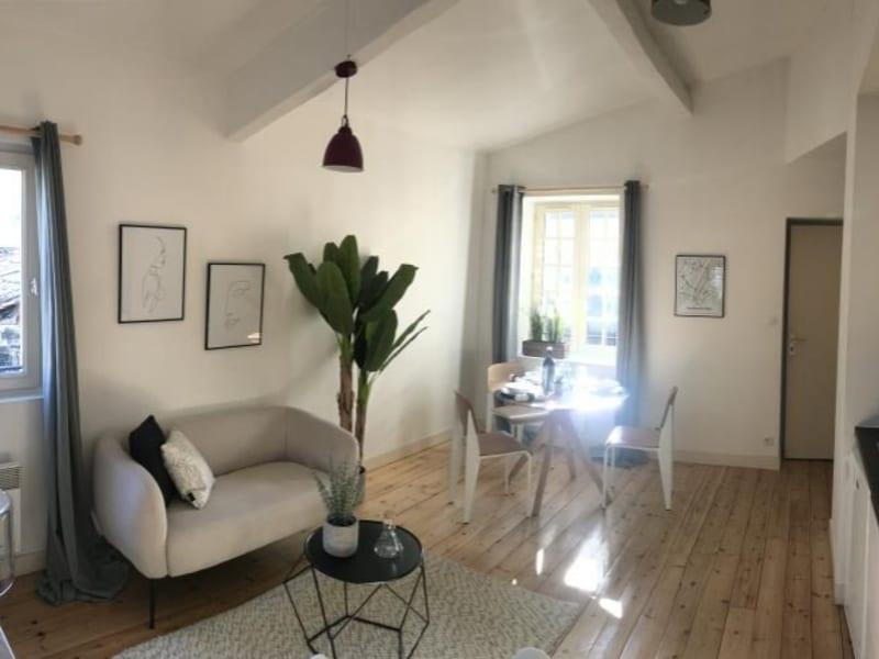 Sale apartment Bordeaux 249000€ - Picture 2